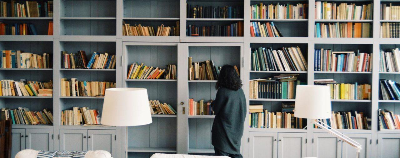 Jak urządzić bibliotekę w domu?